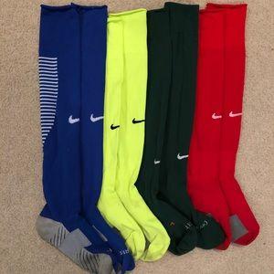 4 Pairs Nike Women's Soccer Socks